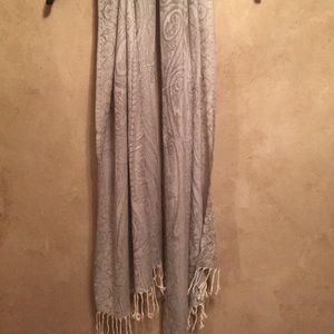 Accessories - Silver Patterned Scarf